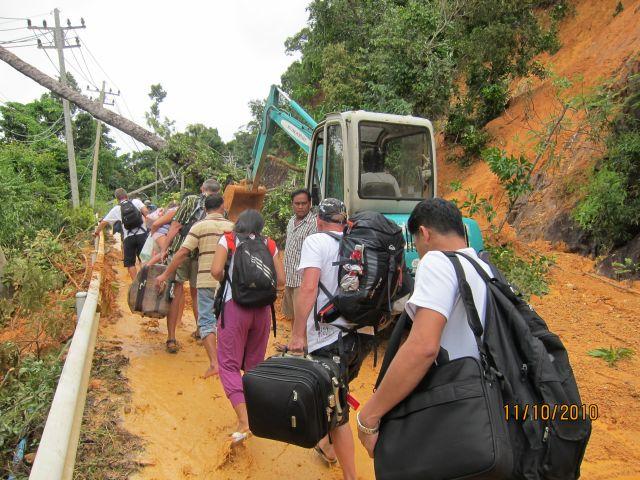 People leaving the island immediately after October\'s landslide