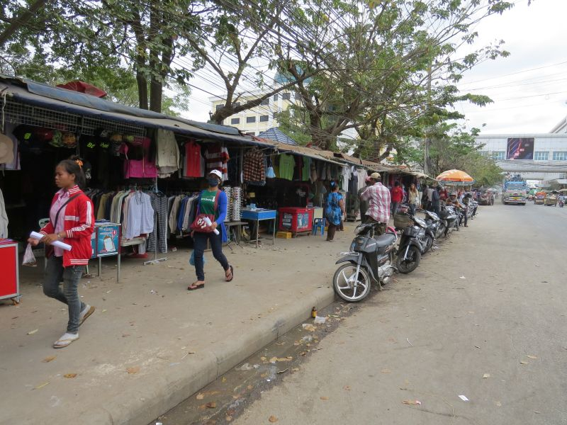 Once through Thai Immigration, you\'re in no-mans land. Cheap booze & cigarettes
