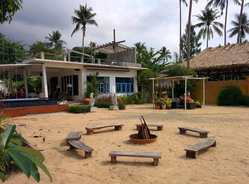Adjacent White Knot Resort