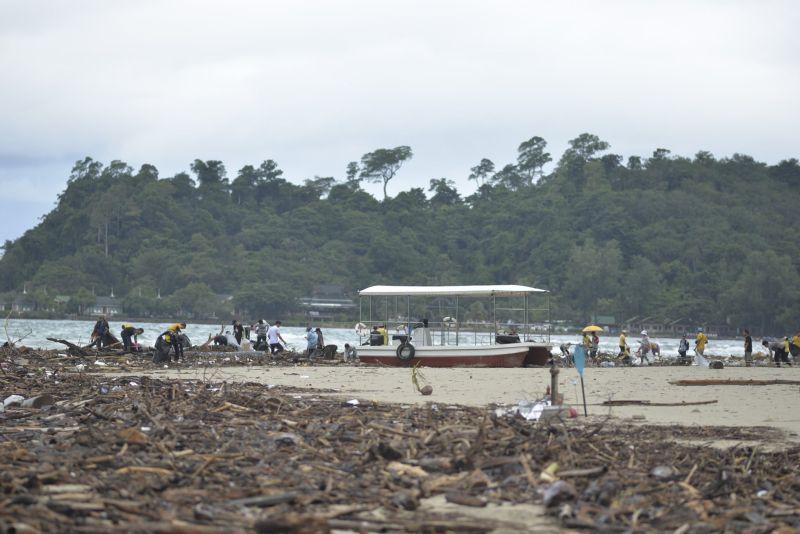 Beach Clean Up 20 September