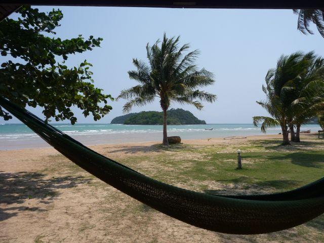 holiday-beach-koh-mak06