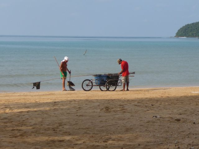 holiday-beach-koh-mak10