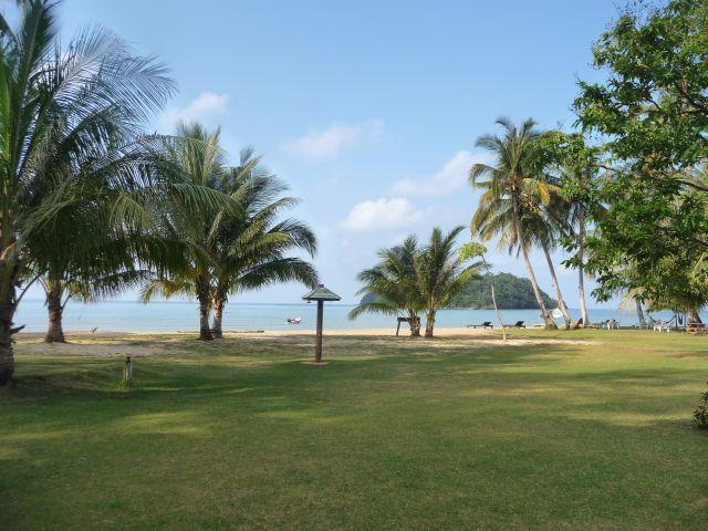 holiday-beach-koh-mak13