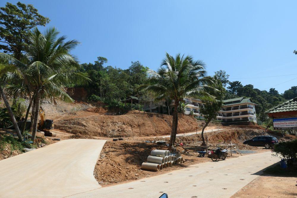 Construction near Kai Bae beach Resort