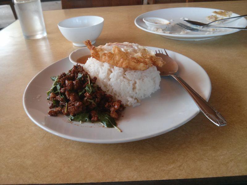 kb-hut-restaurant-01