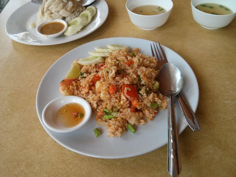 kb-hut-restaurant-04