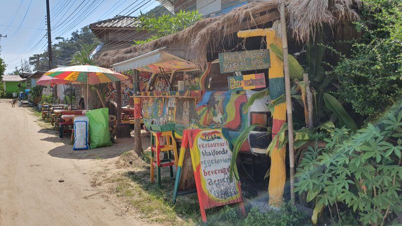 Klong Kloi beach village