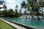 Peninsula Resort pool