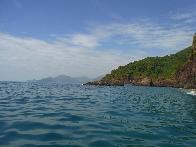 Roundign western side, Koh Chang in the distance
