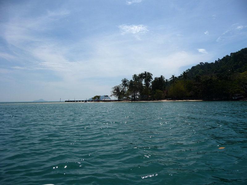Approaching Koh Phrao Nok