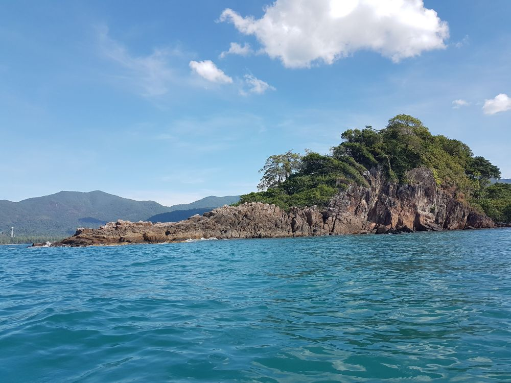 West side of Koh Suwan, Koh Chang in the background