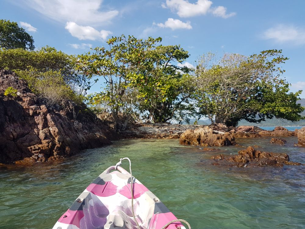 Can moor the kayak on the southern side of Koh Rom