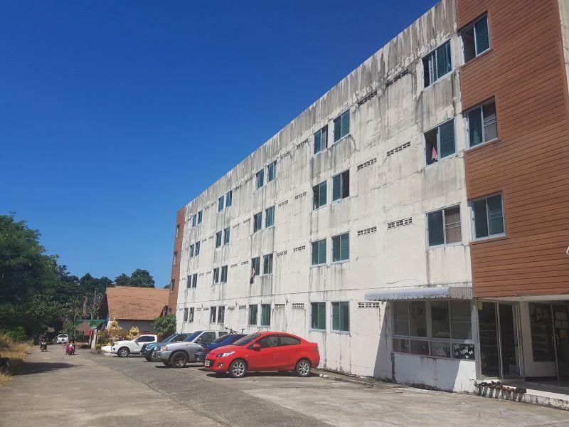 Budget apartment & resort housing