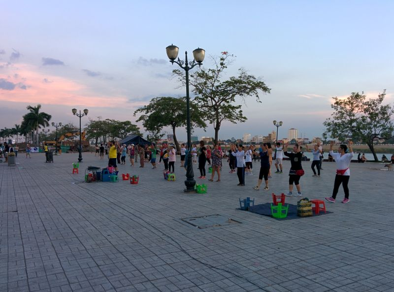 Evening on the riverside Phnom Penh