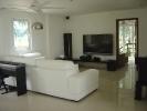 villa-rent-04