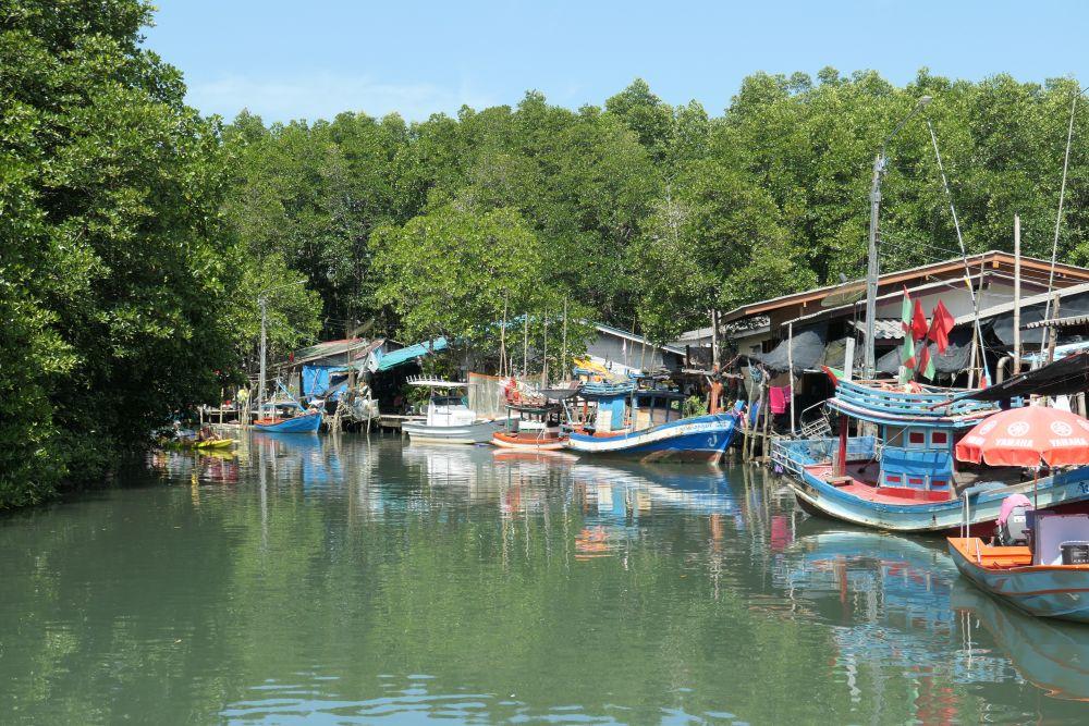 Salakkok fishing boats