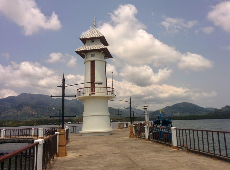 Renovated pier in Salakphet