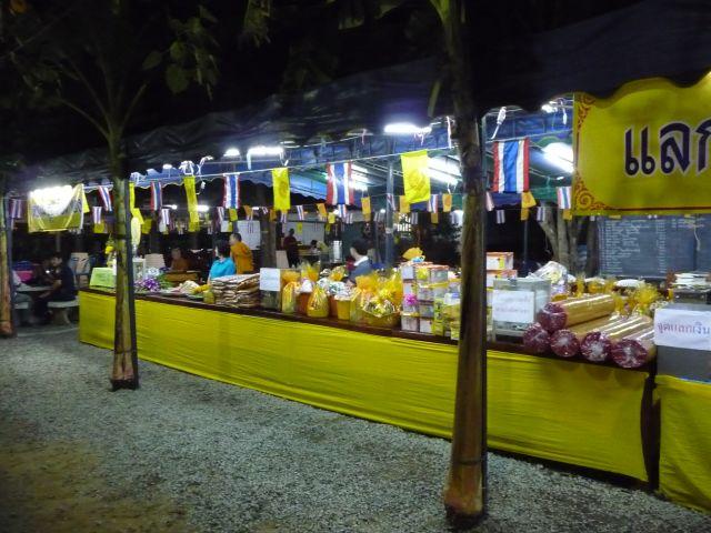 temple-songkran-11