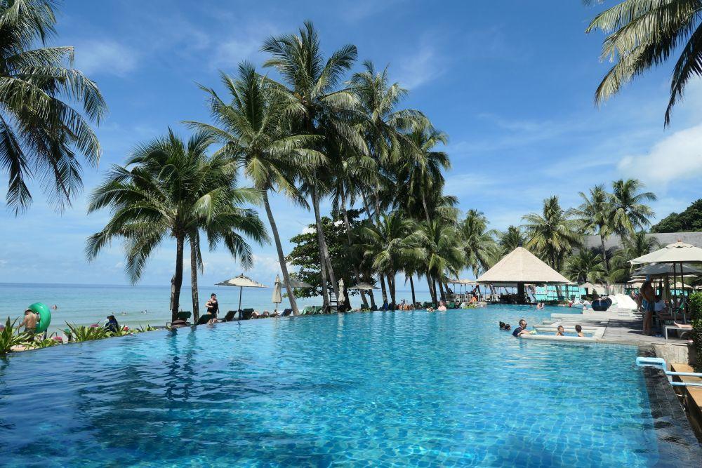 KC grande Resort pool