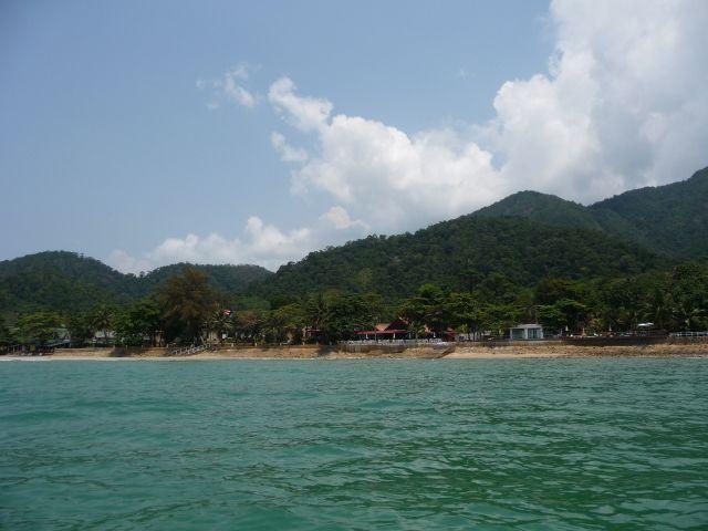 white-sand-beach-koh-chang-mar10-10
