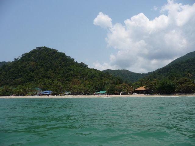 white-sand-beach-koh-chang-mar10-15