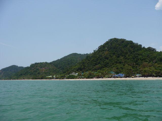white-sand-beach-koh-chang-mar10-16