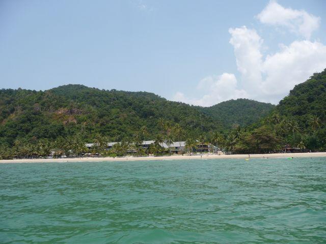 white-sand-beach-koh-chang-mar10-21