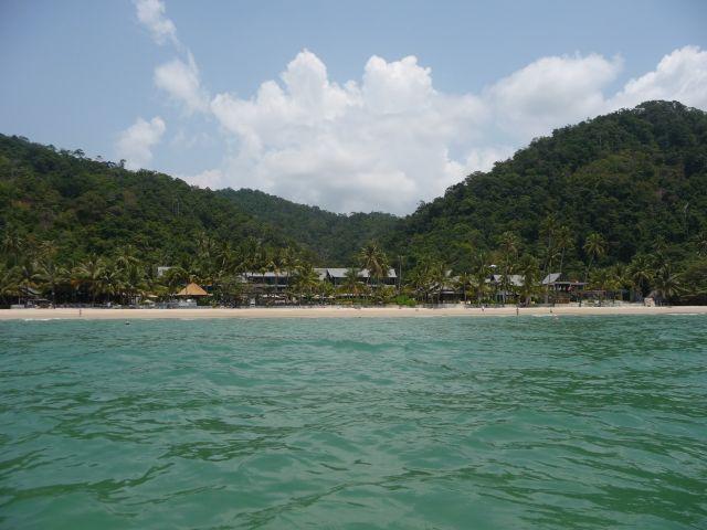white-sand-beach-koh-chang-mar10-22