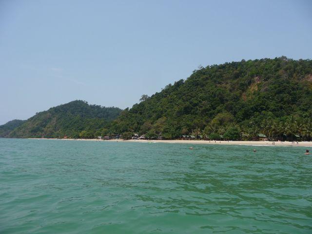 white-sand-beach-koh-chang-mar10-23
