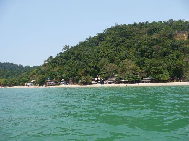 white-sand-beach-koh-chang-mar10-24