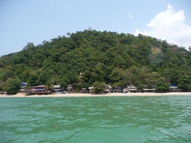 white-sand-beach-koh-chang-mar10-25