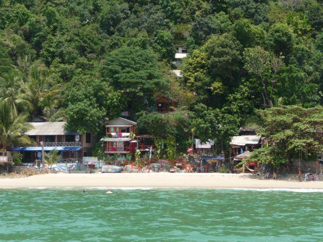 white-sand-beach-koh-chang-mar10-26
