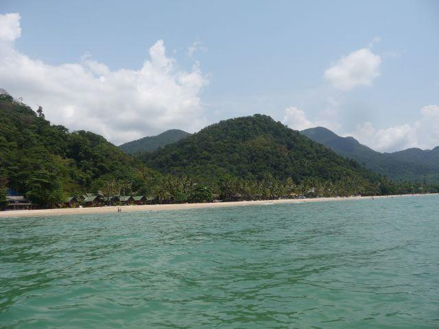 white-sand-beach-koh-chang-mar10-27
