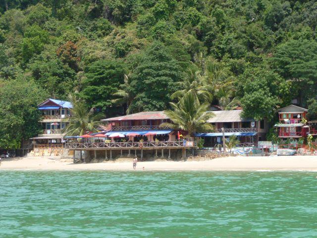 white-sand-beach-koh-chang-mar10-28