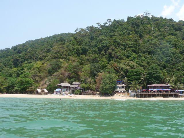 white-sand-beach-koh-chang-mar10-29