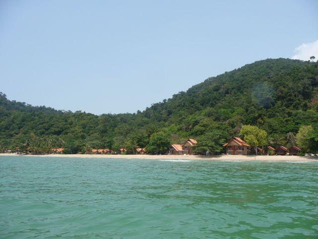 white-sand-beach-koh-chang-mar10-30