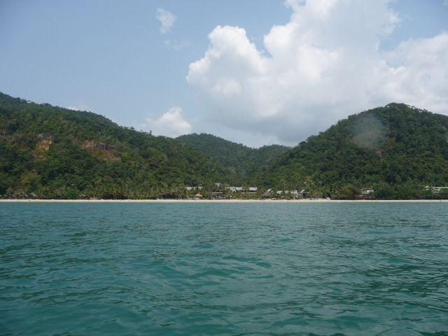 white-sand-beach-koh-chang-mar10-32