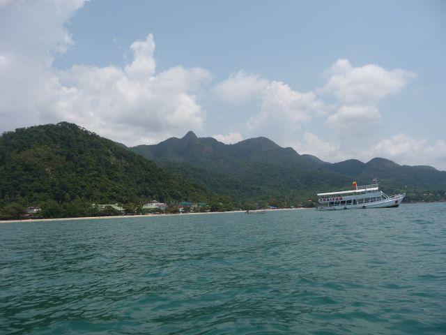 white-sand-beach-koh-chang-mar10-33