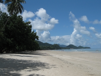 white sand beach koh chang july 2009