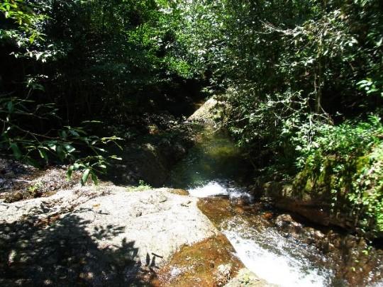 klong jow laem waterfall klong son