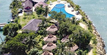 Coral Resort Kai Bae beach