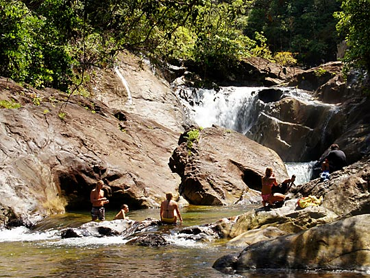 than mayom waterfall koh chang