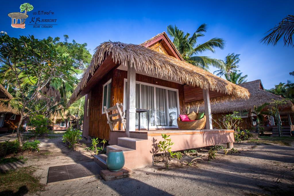 Beach bungalow, KB Resort