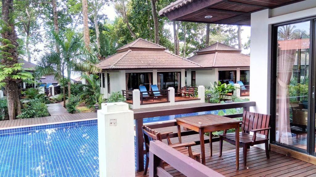 Poolside Villas at Changburi Resort & Spa