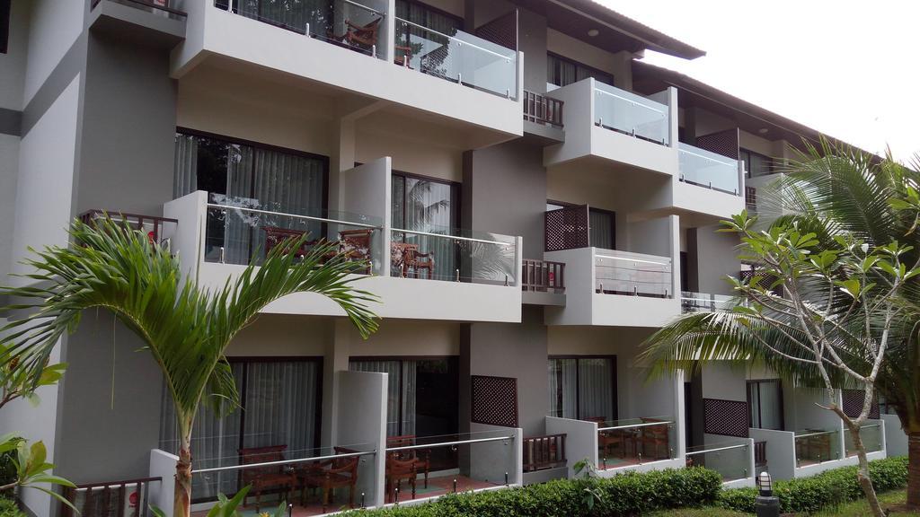 Hillside rooms at Changburi Resort