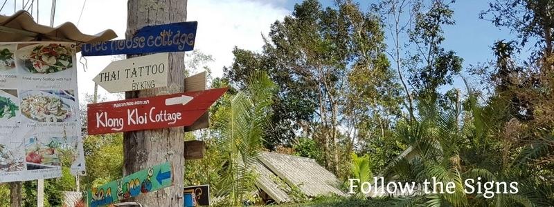 klong kloi beach signs