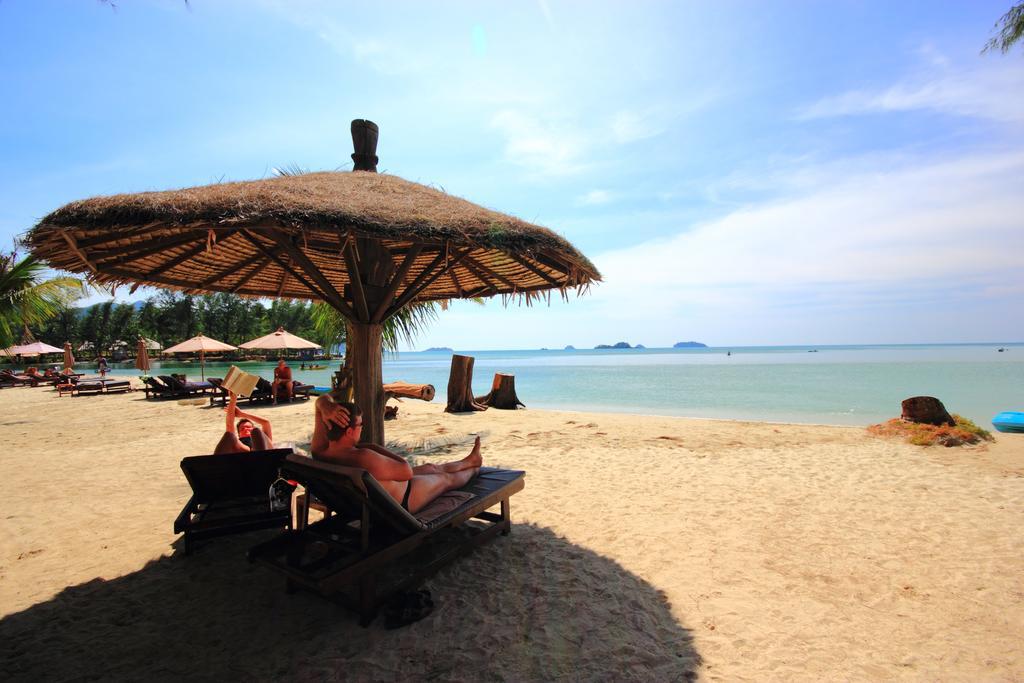 Beachfront at Aana Resort & Spa, Koh Chang