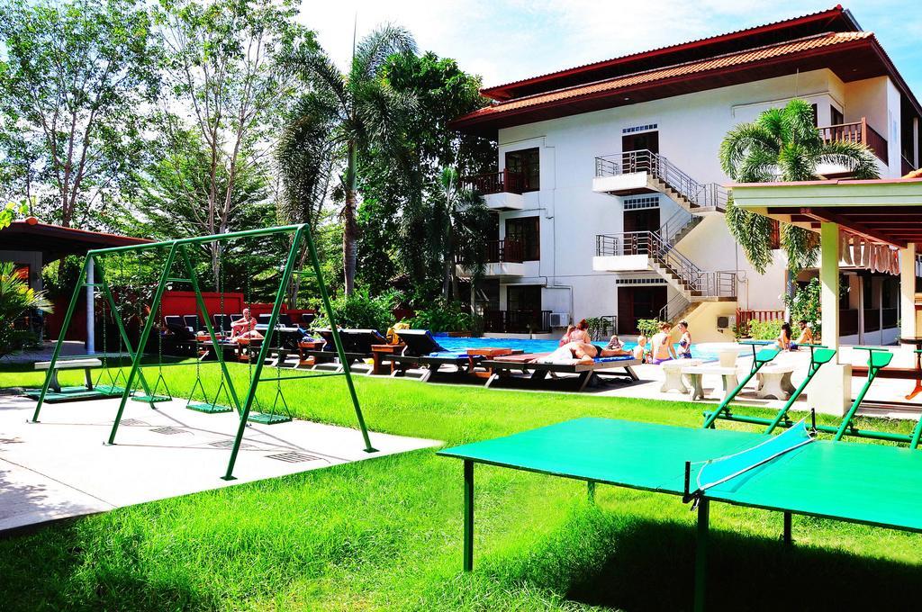Pool and garden, Alina Grande Hotel, Koh Chang