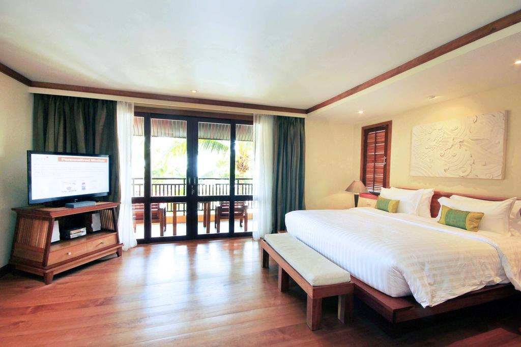 Sea view suite at Emerald Cove Resort, Koh Chang