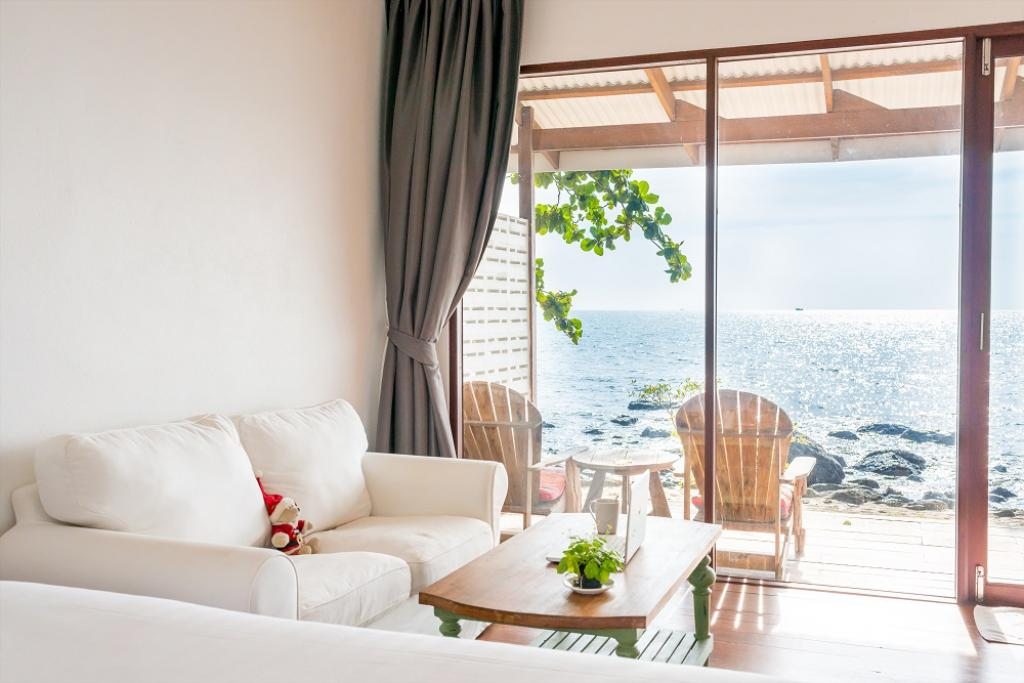 Sea view villa at Warapura Resort